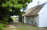 Thatched Cottage For Sale: Darby's Cottage, Baile Eamoinn, an Spidéal, Co Galway