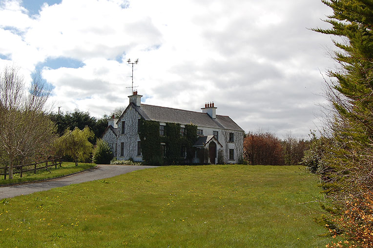 Elegant Country House For Sale: Golden Bay, Lough Corrib, Cong, Co. Mayo