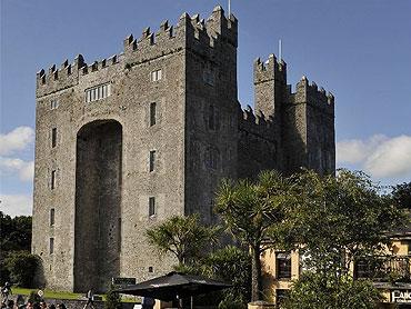 Visit Bunratty Castle & Folk Park, Bunratty, Co. Clare