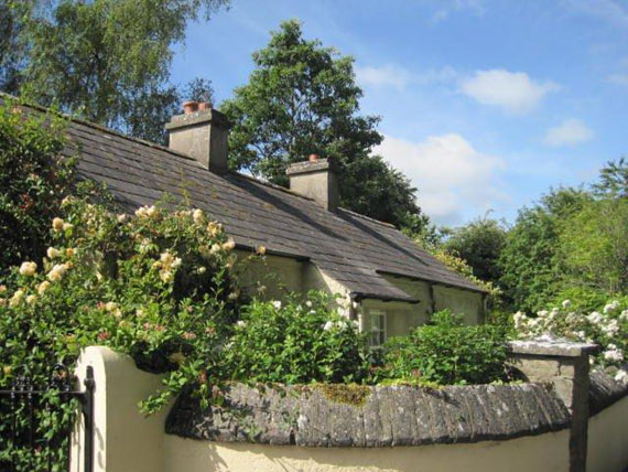 Self-Catering Accommodation at Clonleason Gate Lodge, Navan, Co. Meath