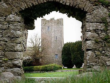 Self-Catering Accommodation at Clomantagh Castle, Freshford, Co. Kilkenny