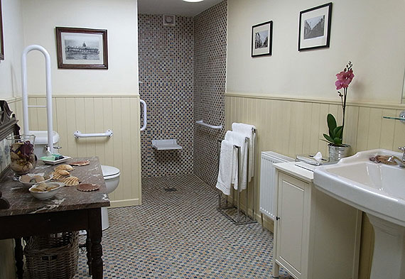 Self-Catering Accommodation at Inchiquin House, Corofin, Co. Clare