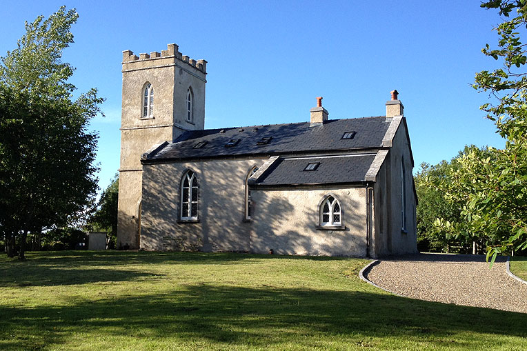 Bed & Breakfast at Bookeen Hall, Athenry, Co. Galway