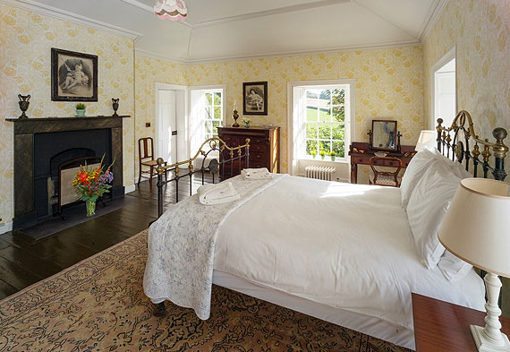 Self-Catering Accommodation at Tullymurry House, Donaghmore, Banbridge, Co. Down