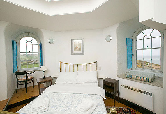 Self-Catering Accommodation at Wicklow Head Lighthouse, Dunbur Head, Co. Wicklow