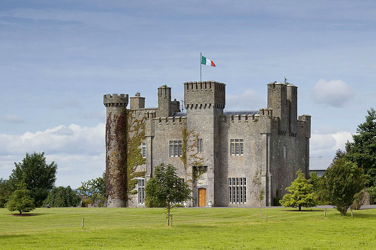 Self-Catering Accommodation at Lisheen Castle Thurles, Co. Tipperary