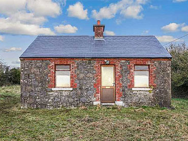 Cottage For Sale: Loughbawn, Oldcastle, Ballinlough, Co. Meath