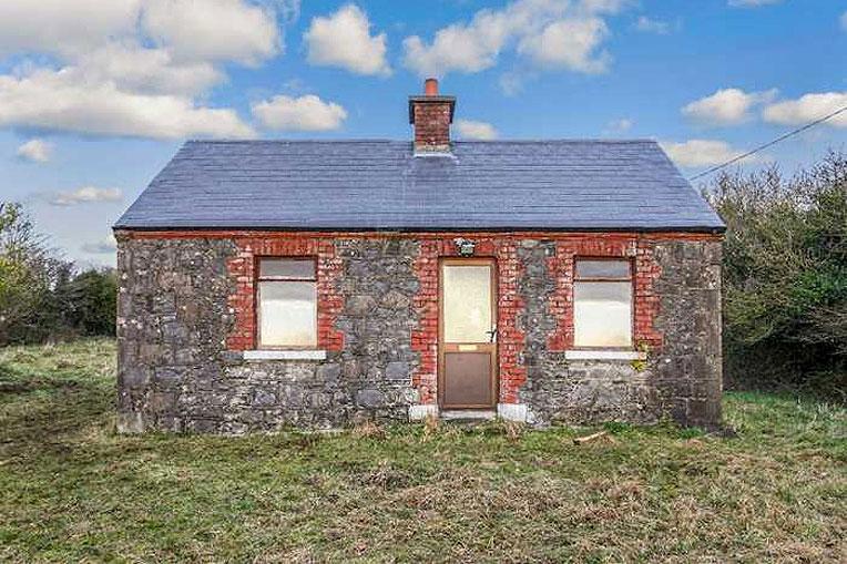 Cottage For Sale: Loughbawn, Oldcastle, Ballinlough, Co. Meath
