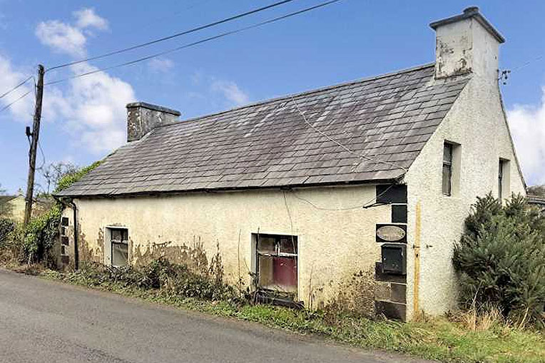 Cottage For Sale: Mounthall Cottage, Crossroads, Killygordan, Co. Donegal