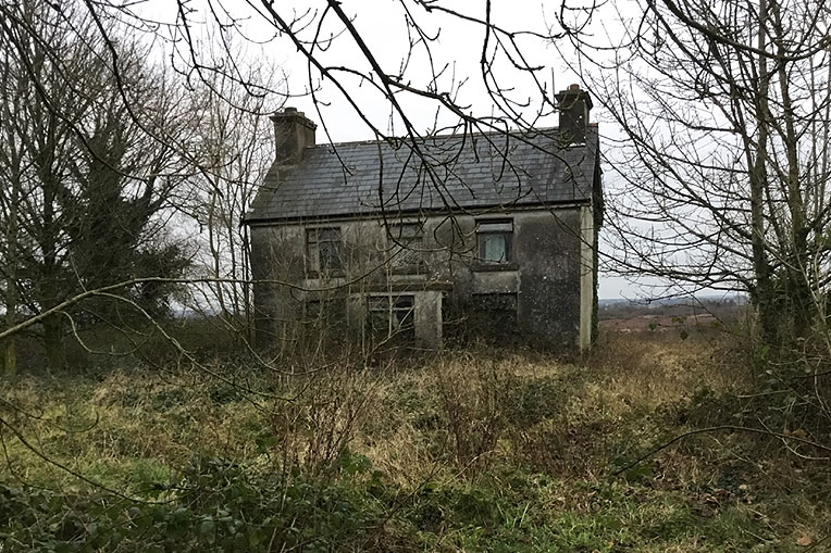 Traditional Style Farmhouse For Sale: Park East, Glenamaddy, Co. Galway