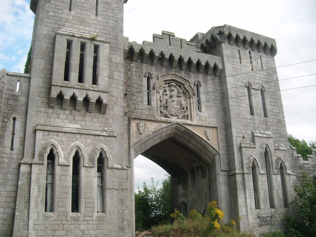 Stunning Gate Lodge For Sale: Duckett's Grove Gate Lodge, Russellstown Cross Roads, Co. Carlow