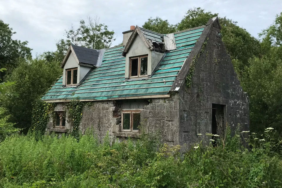 Gate Lodge For Sale: New Forest, Newbridge, Co. Galway