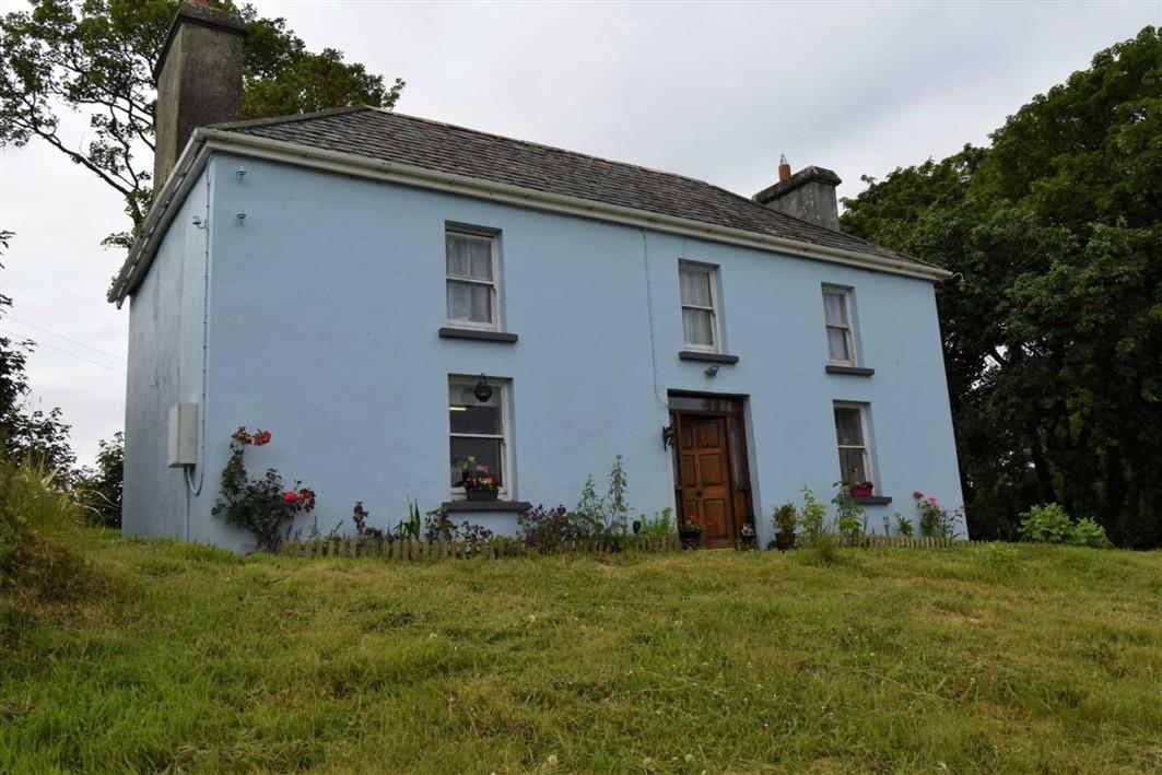 Period Stone-Built Farmhouse For Sale: Reenroe, Drimoleague, Co. Cork