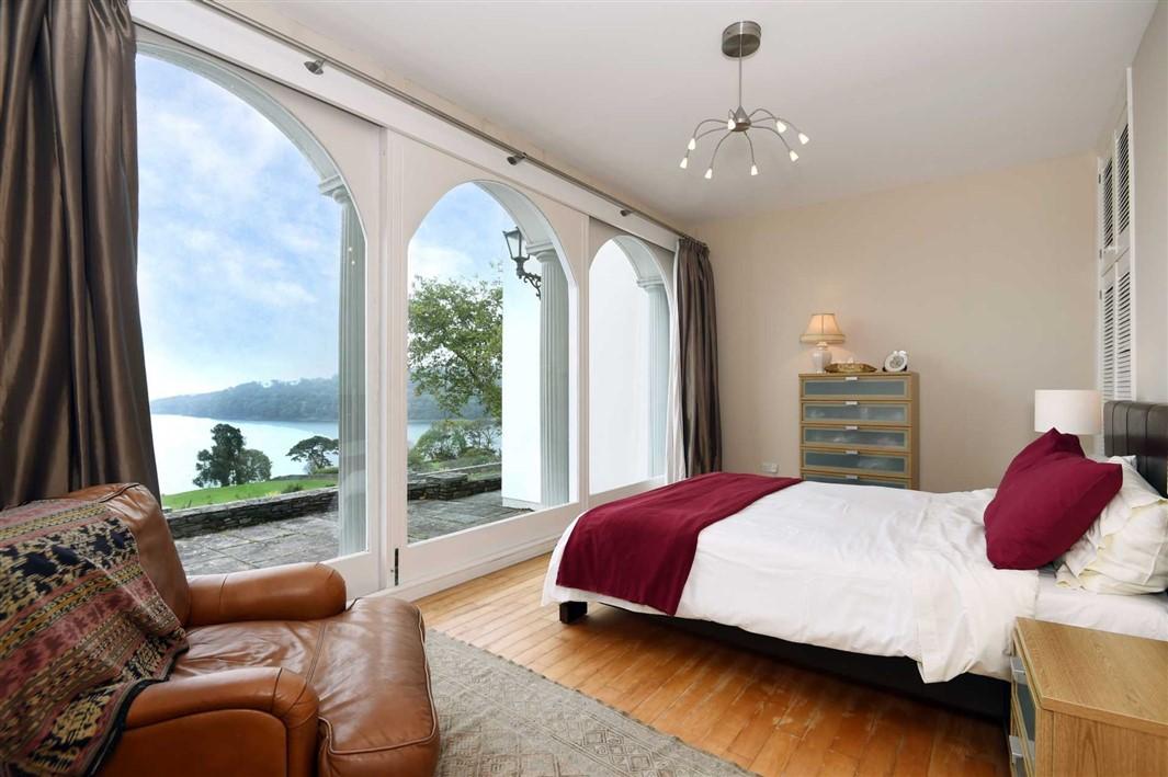 Exceptional Georgian Property For Sale: Stone Hall, Glandore, Co. Cork