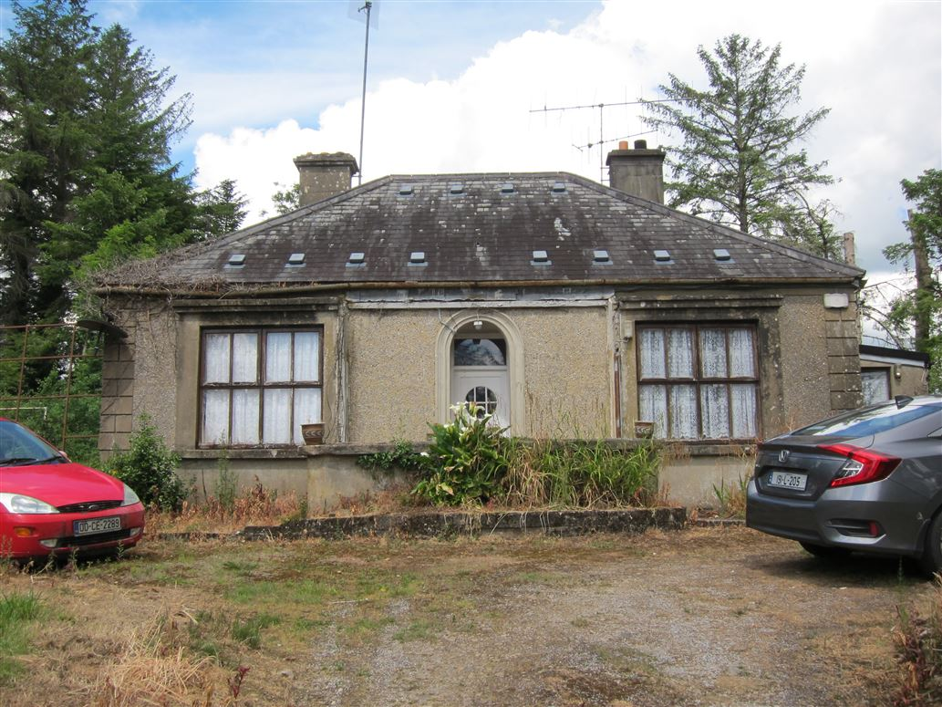 Old Style Residence For Sale: Oakfield, Clonlara, Co. Clare