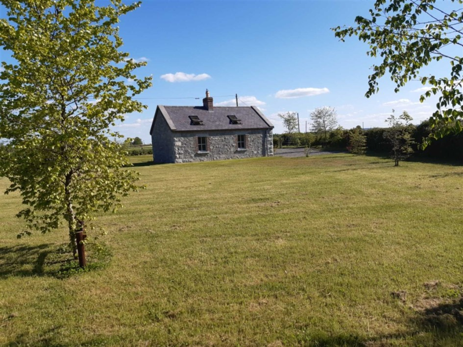 Cottage For Sale: River Cottage, Gouleyduff, Athy, Co. Kildare