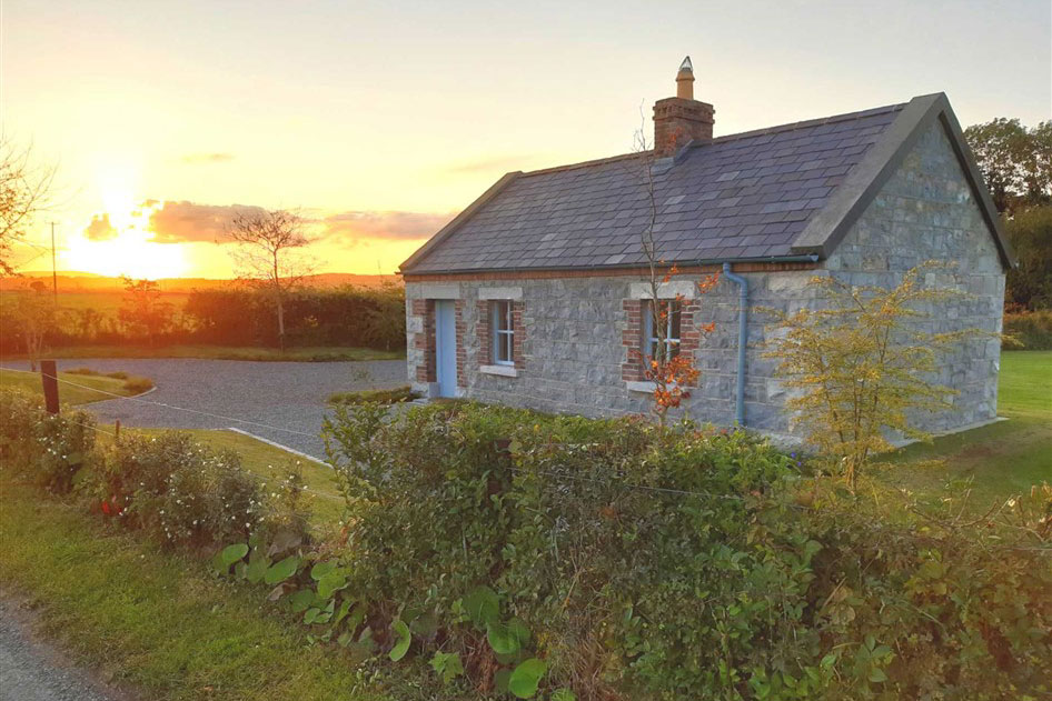 Restored Cottage For Sale: River Cottage, Gouleyduff, Athy, Co. Kildare